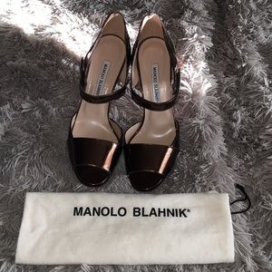 Brand new manolo blahnic brown leather pumps